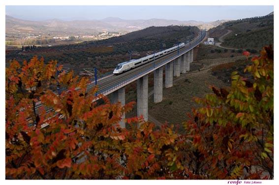 tren alta velocidad y avion