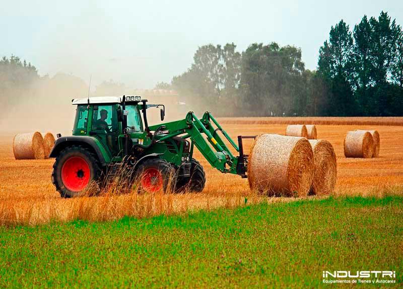 Fertigung kundenspezifischer Teile für Traktoren